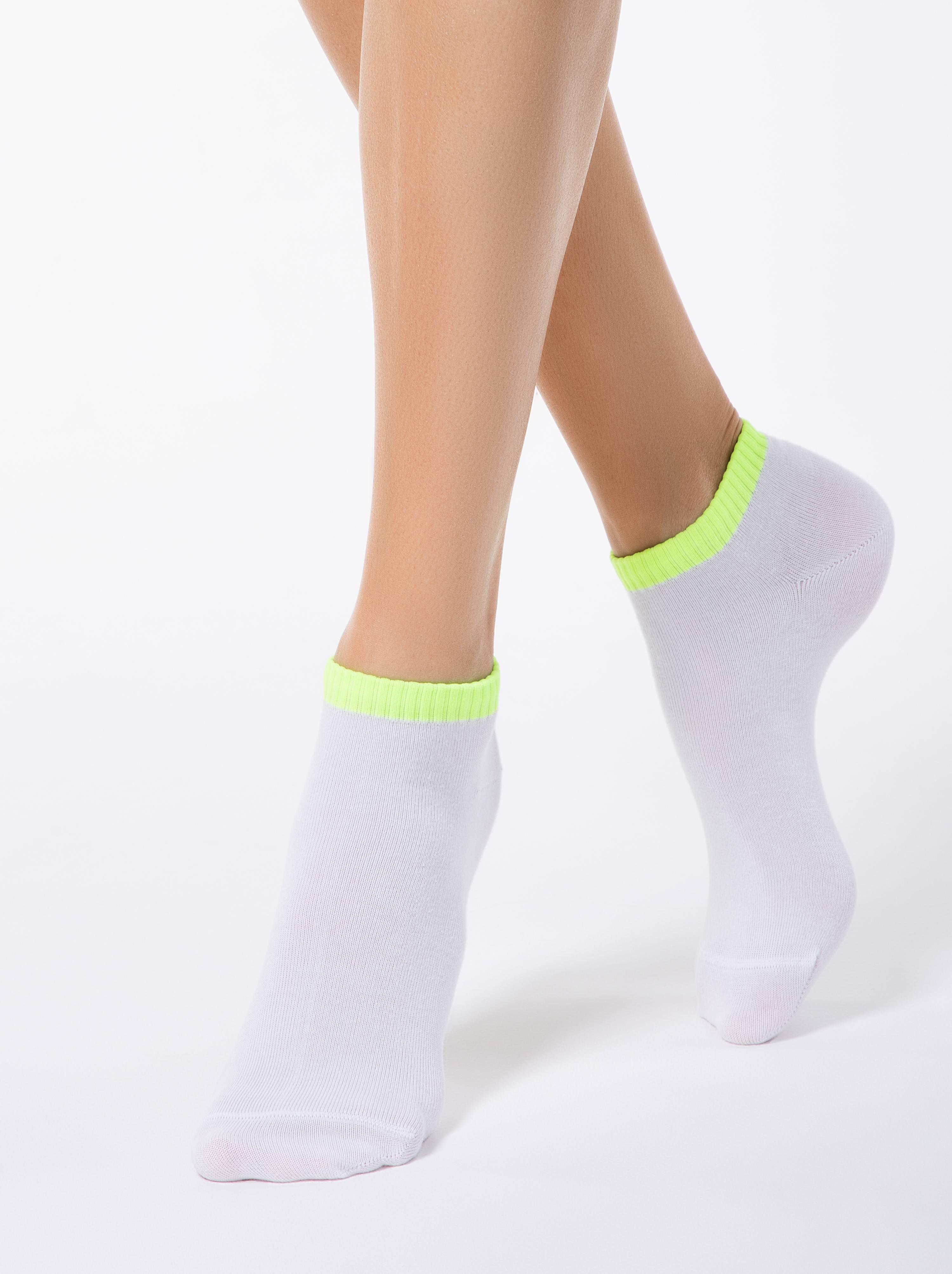 Короткие хлопковые носки CLASSIC фото