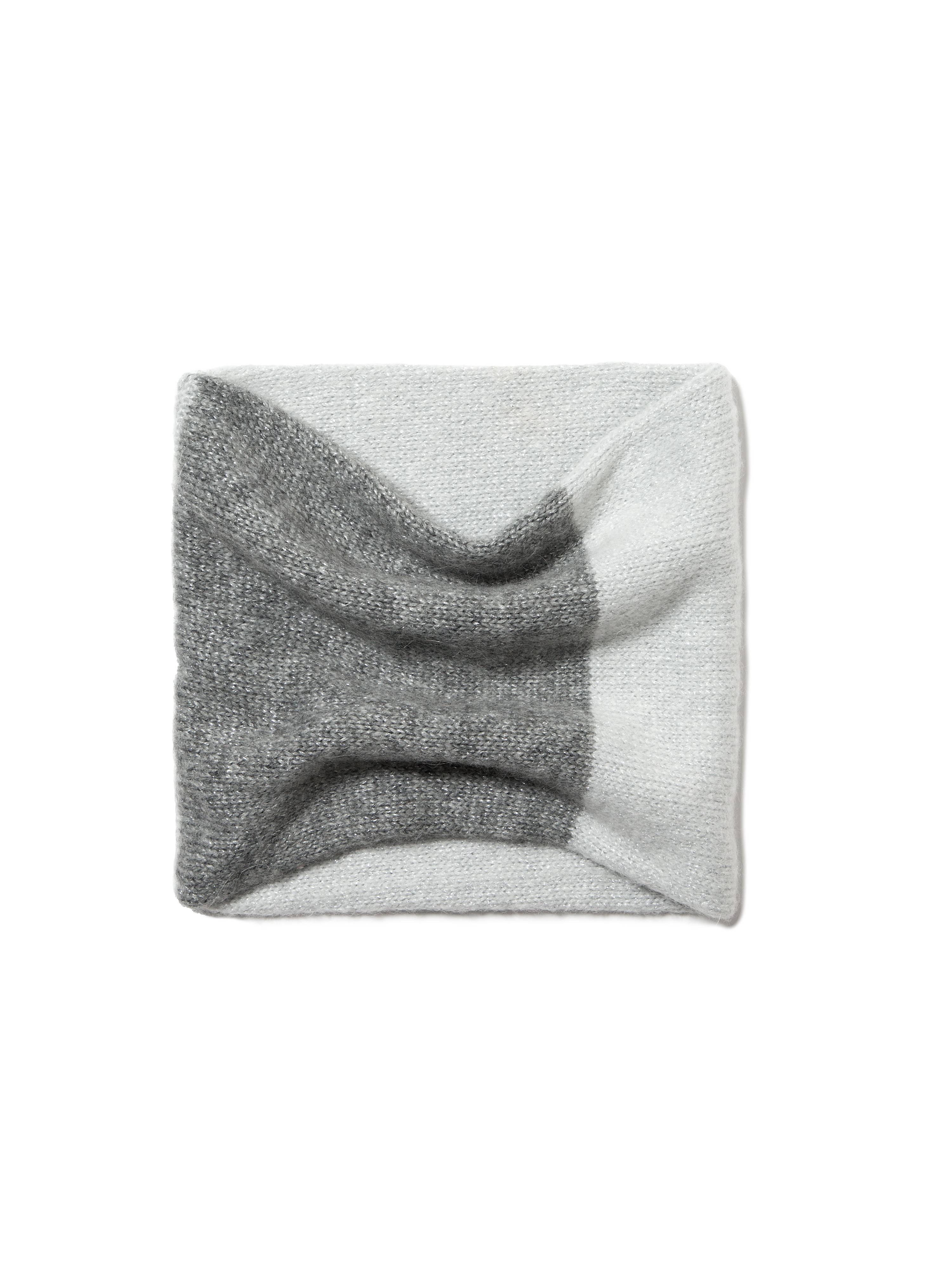 Шарф-снуд из пряжи с мохером и шерстью фото
