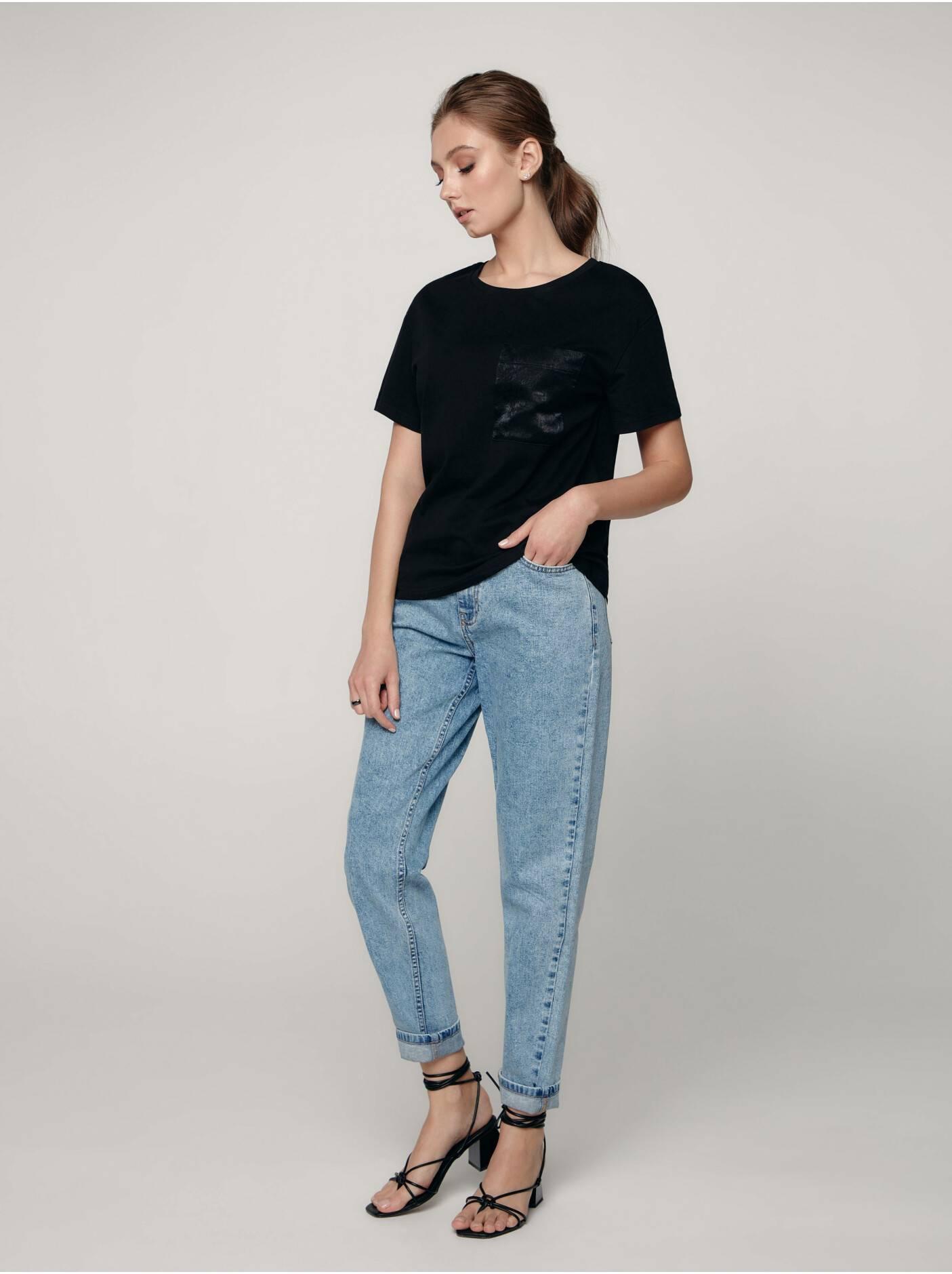 Базовые футболки женские