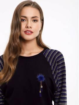 Джемпер женский Джемпер с металлическим блеском и брошью 852 18С-539ТСП, размер 170-100, цвет nero