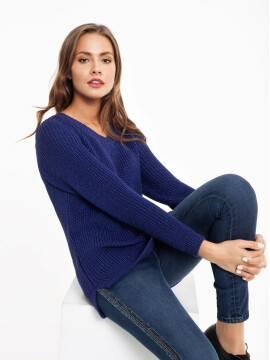 Джемпер женский Экстрамягкий удлиненный пуловер с объемной вязкой и мерцающим блеском 040 18С-62СП, размер 170-84, цвет синий